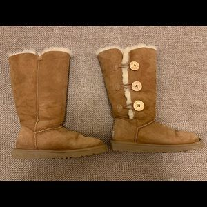 Ugg Boots, Bailey Button Triplet